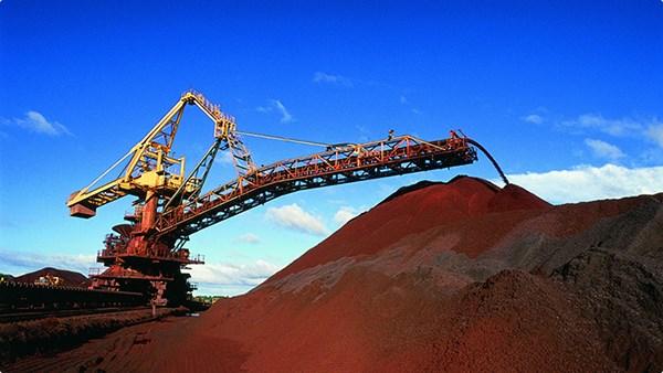ارزیابی تحلیلگران از وضعیت بازار جهانی سنگ آهن در سال 2015