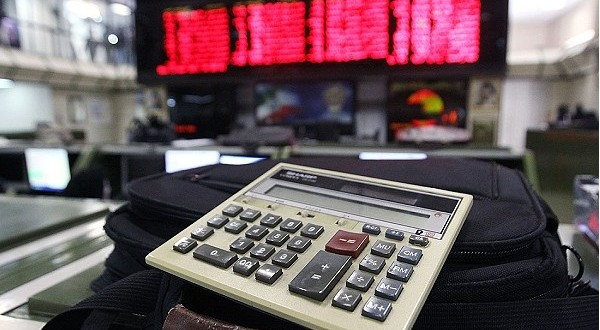 بازار سهام تهران برای هجوم سرمایه گذاری خارجی آماده می شود