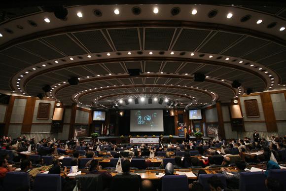 همایش بین المللی جذب سرمایه گذاری خارجی برای بازار سرمایه