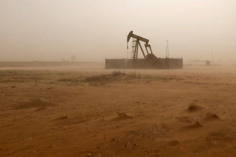 کاهش بهای نفت در آستانه نشست اوپک و جنگ تجاری