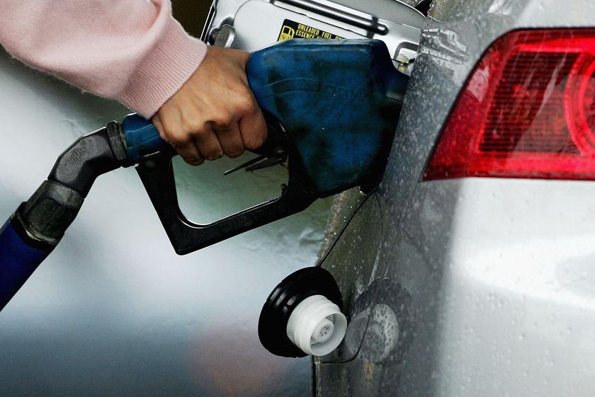 تولید بنزین یورو ٤ در سال آینده ٥ میلیون لیتر افزایش می یابد