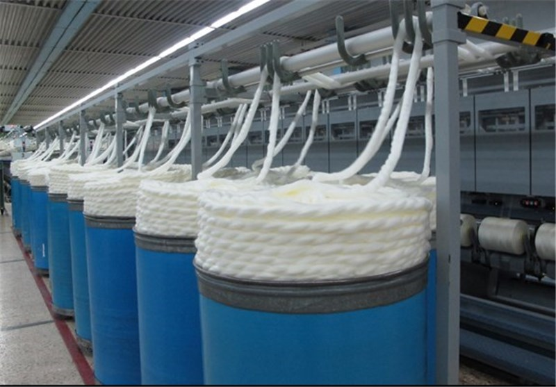 کاهش ۵ درصدی تعرفه واردات مواد اولیه در صنعت نساجی