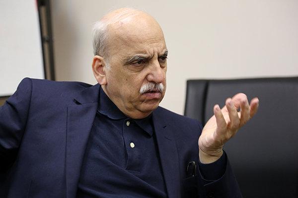 عبده تبریزی:باید به سمت تحقق رشد اقتصادی 8 درصدی حرکت کنیم