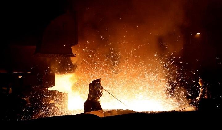 افزایش ۱۴ درصدی تولید شمش فولادسازان بزرگ